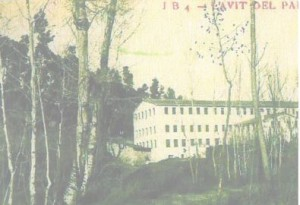 Aquesta foto és de Torrelavit, és va fer al 1920 i és d'un moli que és diu l'Esbert.